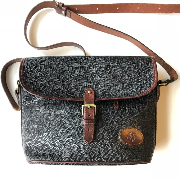 Mulberry Vtg Black Leather Crossbody Plaid. M 5b7db625aa8770e3eaa39983 5c33d888d8fa5